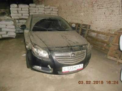 автомобиль Opel Insignia