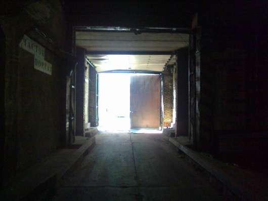 Сдам помещение под склад, производство, 1600 кв.м,м.Черная р