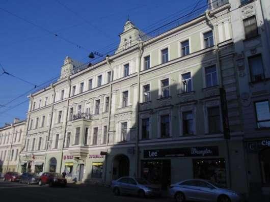 Великолепный бизнес-центр в собственность в Санкт-Петербурге Фото 2