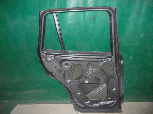 Задняя левая дверь BMW X3 F25 б. у. оригинал