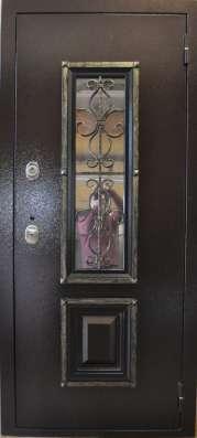Дверь металлическая с элементами ковки