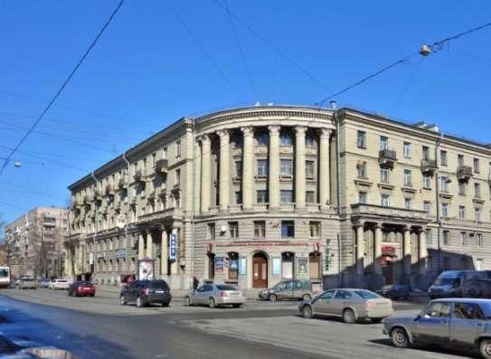 Кафе-ресторан после кап. ремонта, 1 линия в Санкт-Петербурге Фото 1