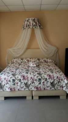 Продам нове ліжко 1,6*2,0 з матрацом