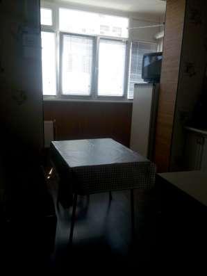 Продам 2 комнатную на Челнокова 12, АГВ