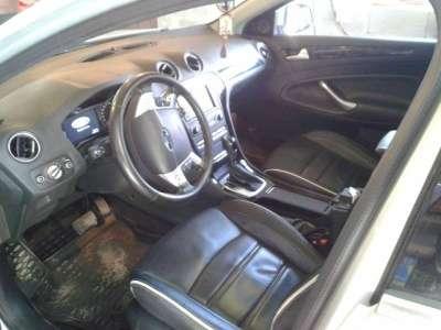 автомобиль Ford Mondeo