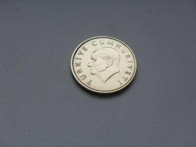 Монета 100 Лир 1990 год Турция в Москве Фото 1