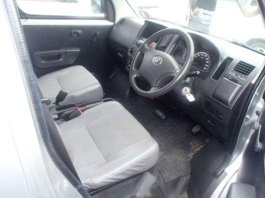 Toyota Liteace Van грузопассажирский фургон 2011 г. в