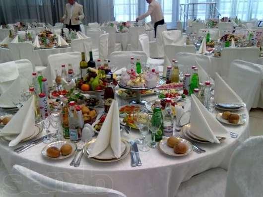 Опытный Официант на Мероприятия в Москве Фото 2