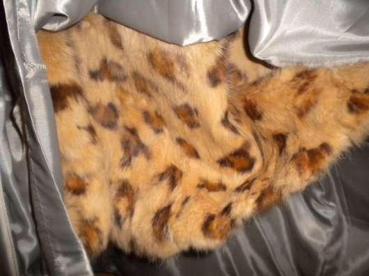 Пальто с песцовым капюшоном и рукавами в Курске Фото 4