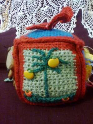 Мягкая игрушка-развивайка для малышей