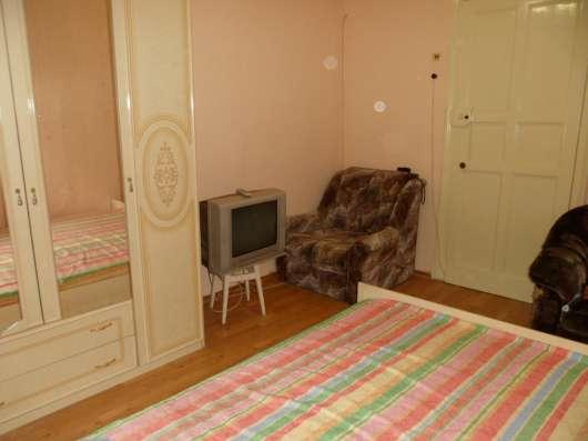 2-х комнатная посуточно Севастополь Центр ул. Большая Морск Фото 4