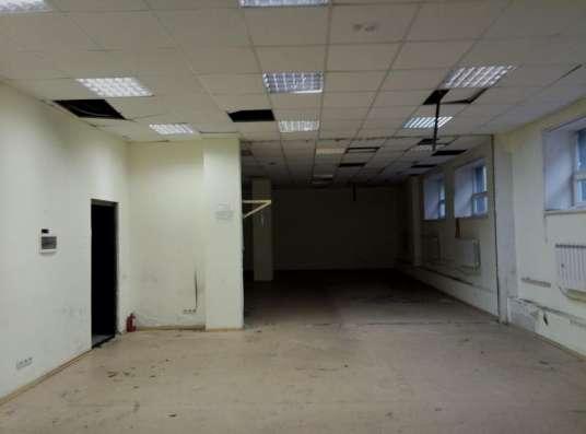 Сдаём помещение требующее косметического ремонта в Москве Фото 3