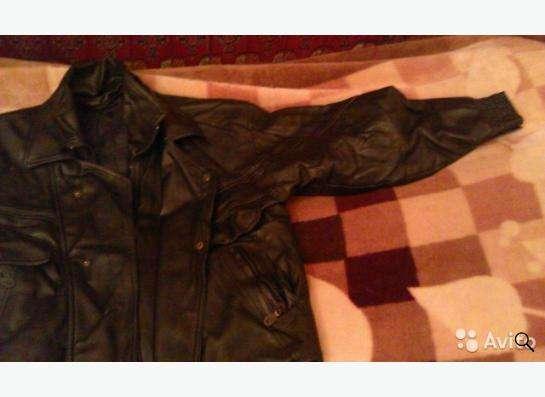 кожанная куртка черного цвета в Москве Фото 1