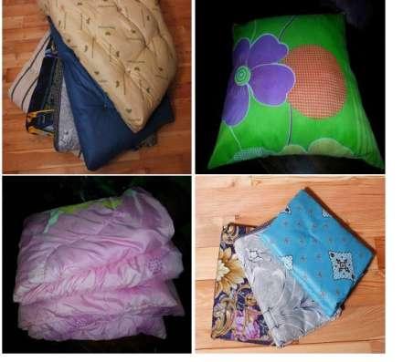 Матрац, подушка и одеяло и постельное бельё. С бесплатной до