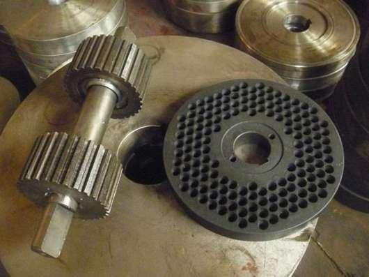 Изготовление матриц и роликов для пресс-гранулятора