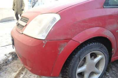 автомобиль Opel Meriva