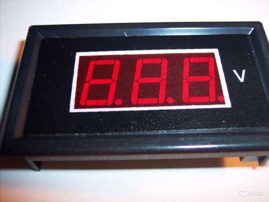 Вольтметр переменного тока цифровой от 60 В до 500