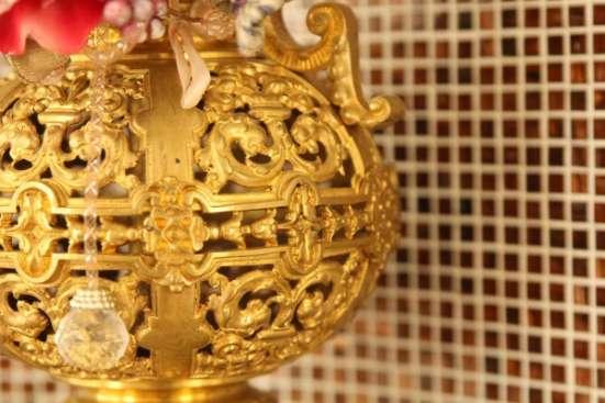 Антикварная декоративная ваза