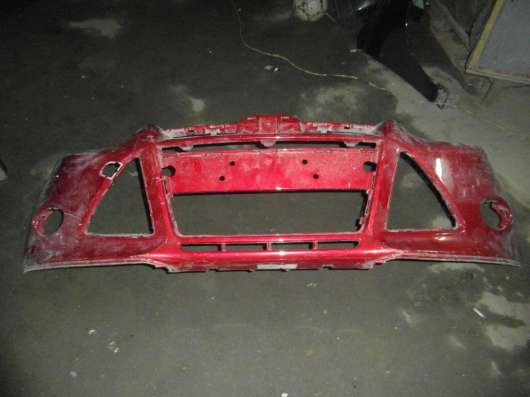 Передний бампер на Форд Фокус