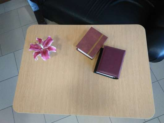 Журнальный столик ламинированный в г. Полтава Фото 1