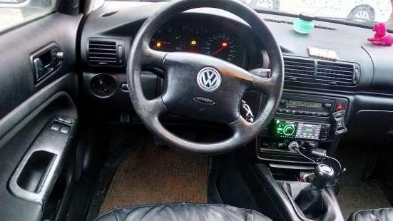 Продажа авто, Volkswagen, Passat, Механика с пробегом 240000 км, в Санкт-Петербурге Фото 2