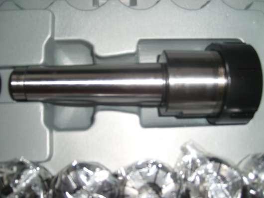 Новый цанговый набор с патроном и ключом