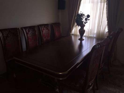 Столь Со стульями Рокко Барокко