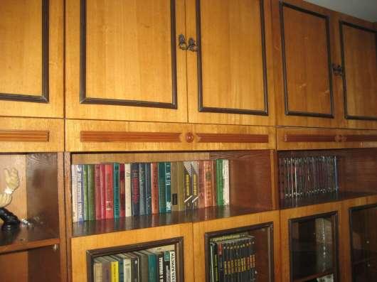 Шкаф/стеллаж книжный НЕ дорого в Владивостоке Фото 2