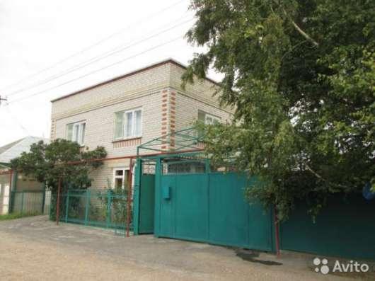 Продам: дом 200 кв.м. на участке 9 сот
