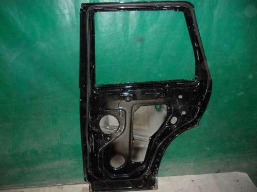 Дверь задняя Right Range Rover Sport 1 05-13 gg