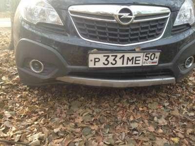 автомобиль Opel Mokka