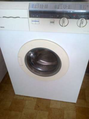 стиральную машину Zanussi FL503 CN
