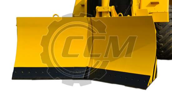 Трактор-тягач К-703МА-12-04-Т с отвалом и гидрокрюком