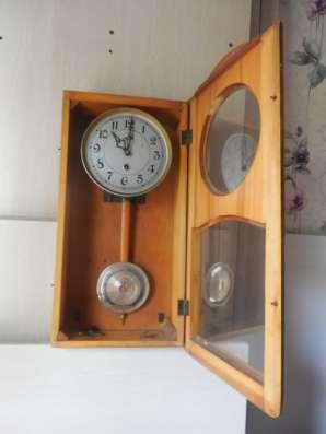 Продам часы с маятником без боя