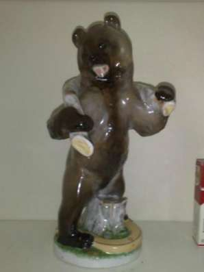 Куплю Куплю фигурку Трудолюбивый медведь. ЛФЗ.