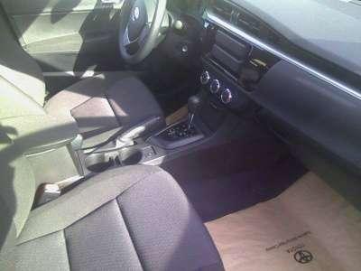 автомобиль Toyota Corolla